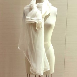 Nordstrom Accessories - 100%  large Silk shawl or vail